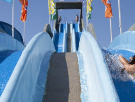 slide and splash escorrega rapido