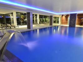 Piscina interior Aquashow Park Hotel